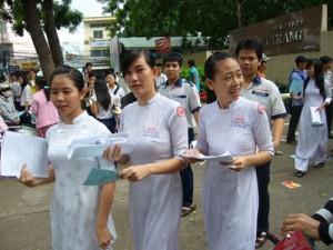 Đáp án đề thi đại học, tuyển sinh đại học cao đẳng 2010