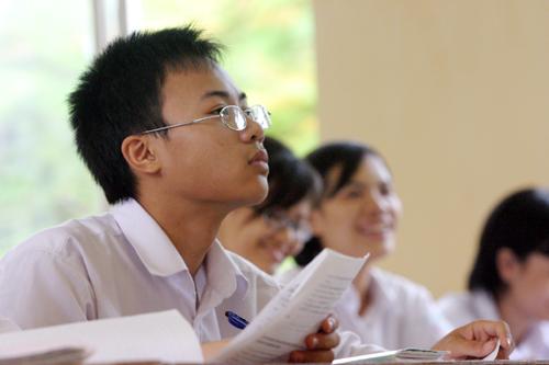 Hướng dẫn giải đề thi dh môn Toán khối d năm 2012